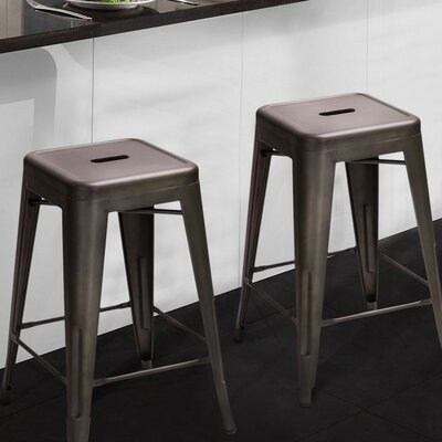 24 Bar Stool Finish: Bronze