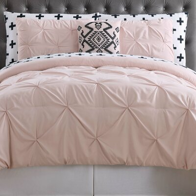 Soto Bed Set Size: Queen, Color: Blush