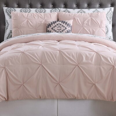 Sydney Bed Set Color: Blush, Size: King