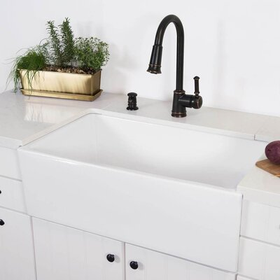 Surrey Fireclay 30 x 18 Farmhouse Kitchen Sink
