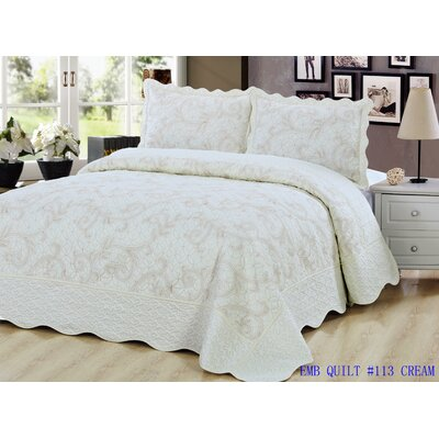 Embroidered Quilt Set Size: Twin