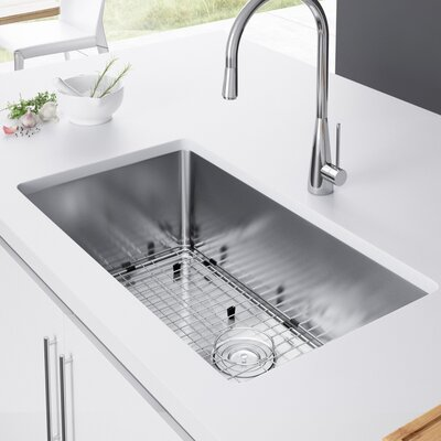 29 x 18 Undermount Kitchen Sink with Strainer and Grid