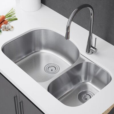 31.5 x 21 Double Bowl Undermount Kitchen Sink with Strainer