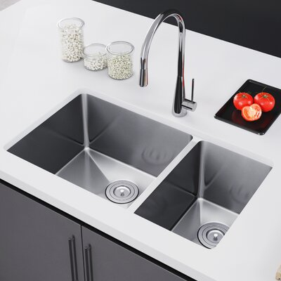 32 x 19 Double Bowl Undermount Kitchen Sink with Strainer