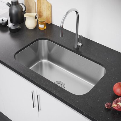 31.5 x 19 Undermount Kitchen Sink with Strainer