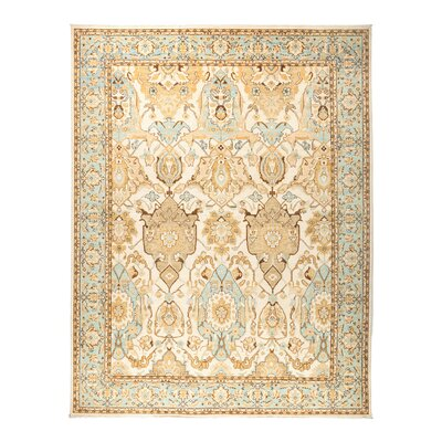Fine Ghazni Hand-Knotted Beige Area Rug