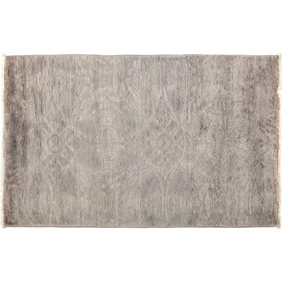 Vibrance Hand-Knotted Gray Area Rug