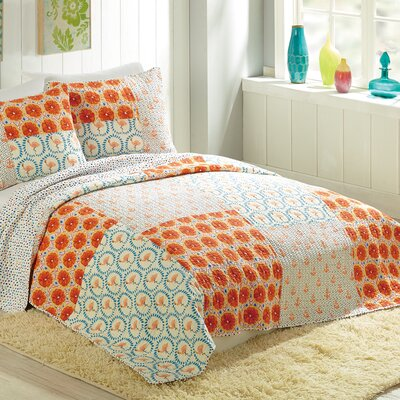 Flamingo Citrus Quilt by Bouffants and Broken Hearts Size: Twin