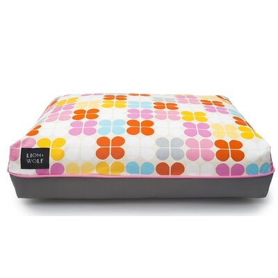 Geo Petal Cat Bed Color: Sherbet