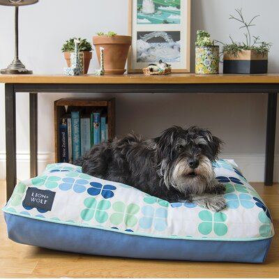 Geo Replacement Pet Bed Cover Size: Small (27 L x 21 W), Color: Mint