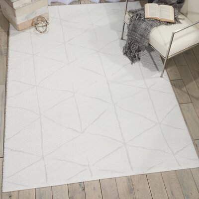 Kelsi Ivory Area Rug Rug Size: Rectangle 710 x 910
