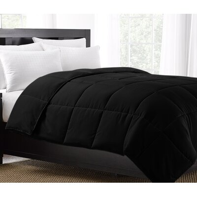 Exquisite Hotel Lightweight Down Alternative Comforter Size: King