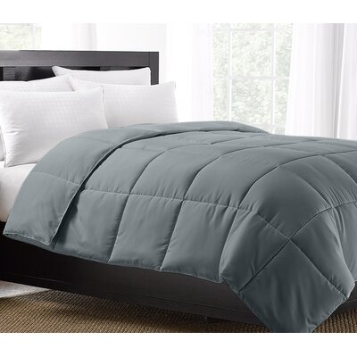 Exquisite Hotel Lightweight Down Alternative Comforter Size: Twin