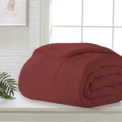 Red Down Alternative Comforter Bed Size: Queen