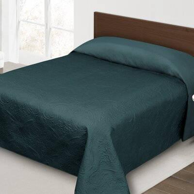 Margie Luxury Quilted Bedspread Size: Queen, Color: Teal