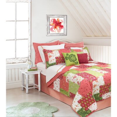 Hermina Quilt Set Color: Coral, Size: King