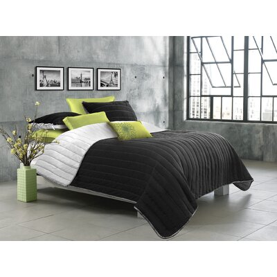 Ria 2 Piece Quilt Set Color: Black, Size: King