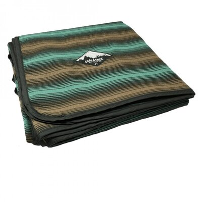 Kachula Adventure Flannel Throw Color: Green