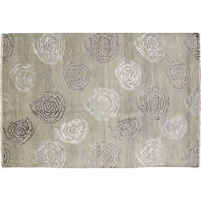 Oushak Fine Shabnan Hand-Knotted Light Green Area Rug