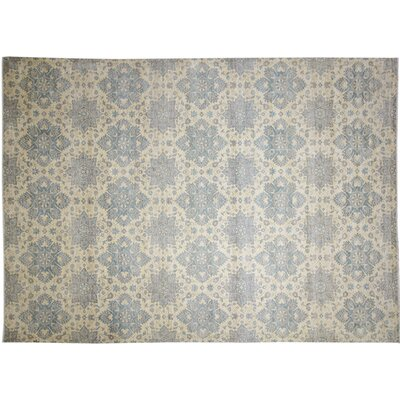 Peshawar Faded Abdessamad Hand-Knotted Ivory Area Rug