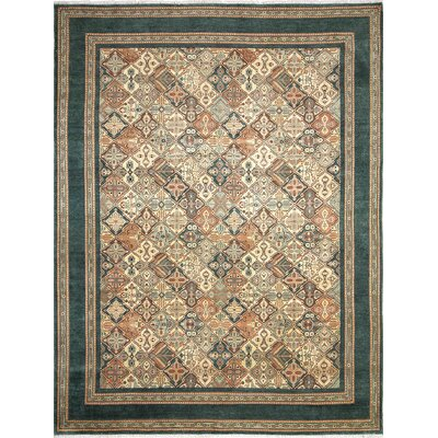 Arthen Hand-Knotted Light Green Area Rug
