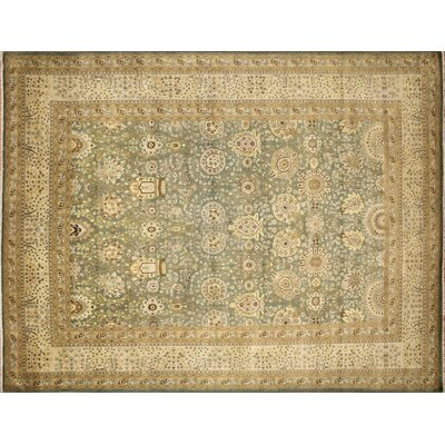 Arthen Hand-Knotted Light Green Premium Wool Area Rug
