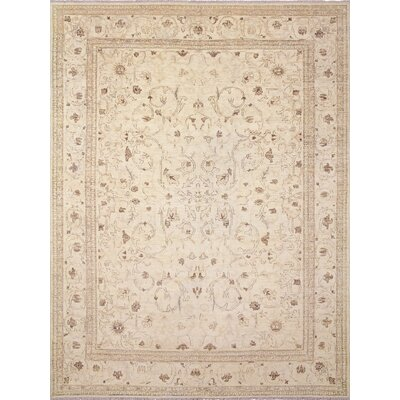 Peshawar Faded Ahmed Hand-Knotted Ivory Area Rug