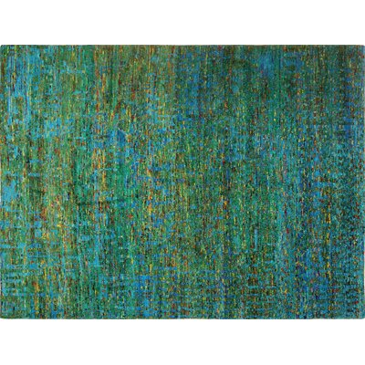 Sari Silk Elfi Hand-Knotted Green Area Rug