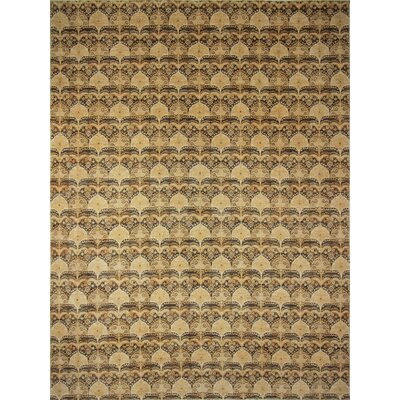 Montague�Hand-Knotted Brown Area Rug