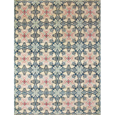 Leann Hand-Knotted Ivory/Green Area Rug