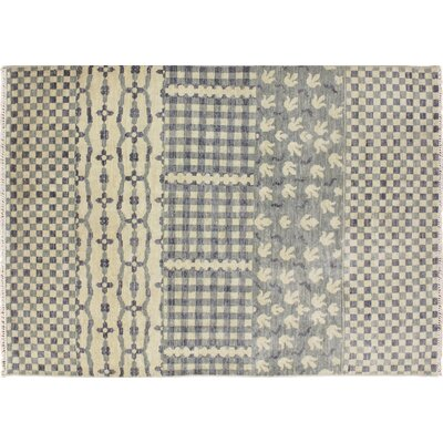 Bellview Hand-Knotted Premium Wool Ivory Area Rug