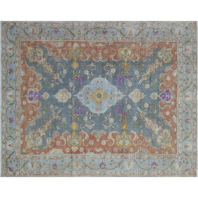 Gwendolyn Hand-Knotted Gray Area Rug