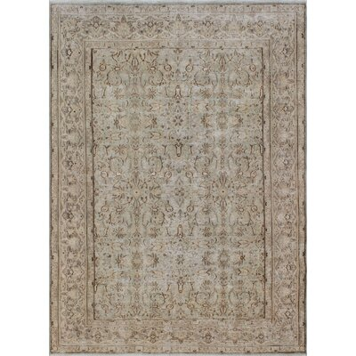 Kali Vintage Distressed Hand Knotted Wool Green Area Rug