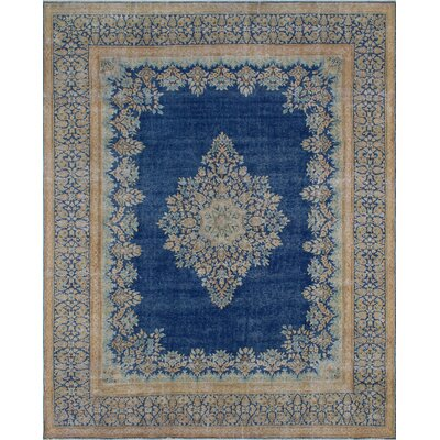 Marshall Vintage Distressed Hand Knotted Wool Blue Area Rug