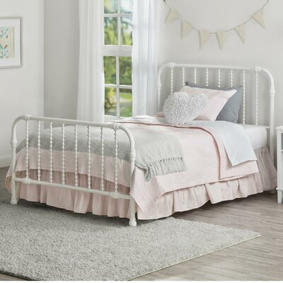 Monarch Hill Wren Slat Bed Size: Full, Color: Bright White