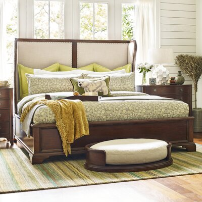 Upstate Shelter Upholstered Sleigh Bed Size: Queen
