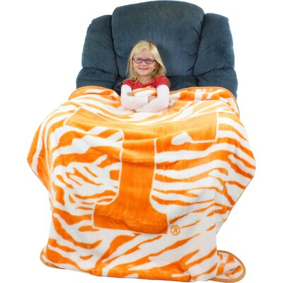 NCAA Tennessee Volunteers Throw Blanket