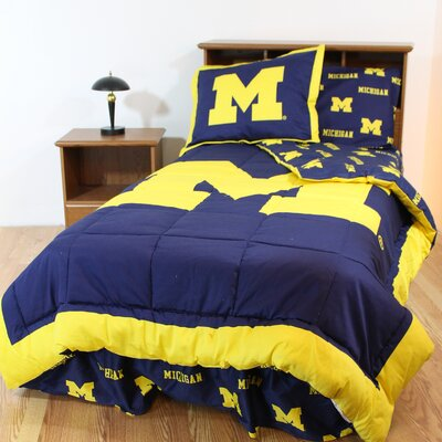 NCAA Michigan Reversible Bed in a Bag Set Size: King