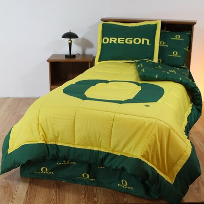 NCAA Oregon Bed in a Bag Set Size: Queen