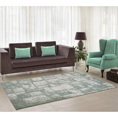 Nehemiah Patch Green/Cream Indoor Area Rug Rug Size: 39 x 55