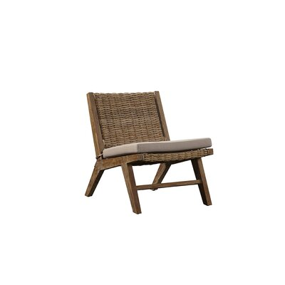 Yandel Chair