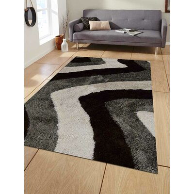 Kymmi Contemporary Hand-Woven Black/Gray Area Rug Rug Size: Rectangle�4 x 6