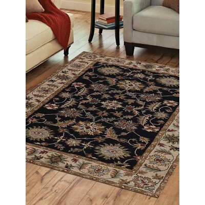 Hand-Tufted Black/Beige Area Rug Rug Size: 10 x 13