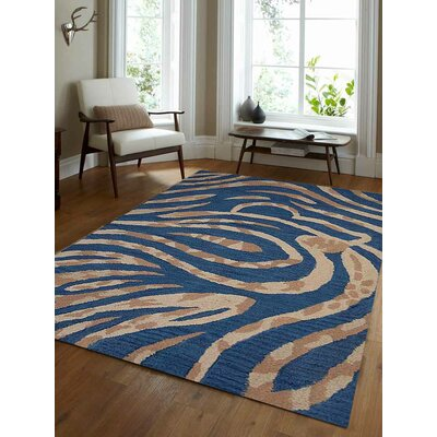 Hand-Tufted Blue Area Rug Rug Size: 8x11
