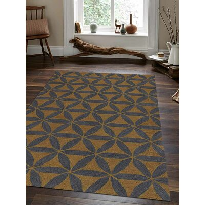 Hand-Tufted Gold/Blue Area Rug Rug Size: 8x11