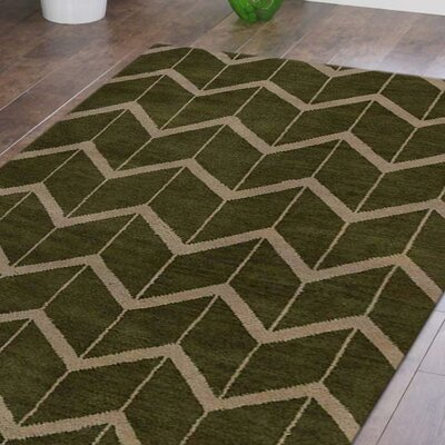 Mica Hand-Knotted Green/Beige Area Rug Rug Size: Rectangle 5 x 8
