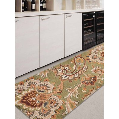Mcknight Floral Hand-Woven Wool Green Area Rug Rug Size: Runner 26 x 8