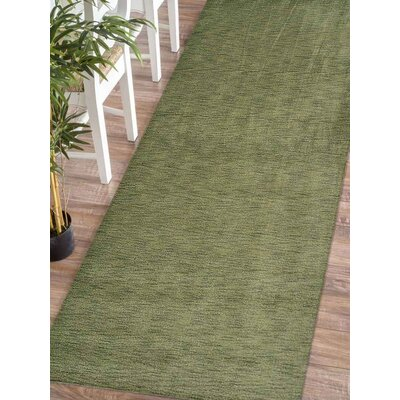 Ceniceros Solid Hand-Knotted Wool Green Area Rug Rug Size: Runner 26 x 12