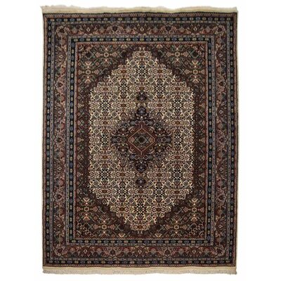Shephard Hand Knotted Nir Flat Surface Wool Cream Area Rug Rug Size: 54 x 78