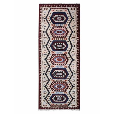 Corrin Hand-Knotted Cream/Blue Area Rug Rug Size: Runner 26 x 10